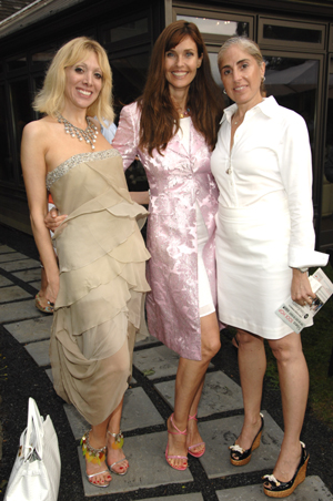 Anait Kilazde, Carol Alt and Esti Herman