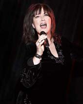 Ann Hampton Callaway.  Photo by:  Bill Westmoreland