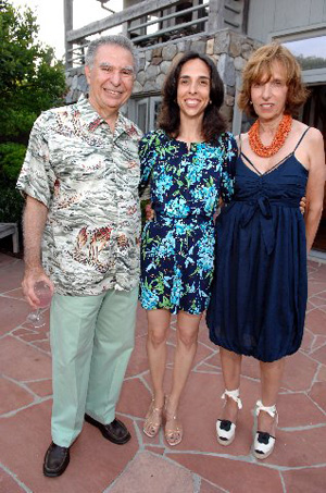 Jack, Susan and Jane Rivkin. Photo by: Chris London