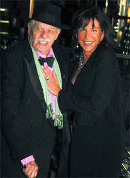 John Chamberlain and Mercedes Ruehl. Photo by: Barry Gordin