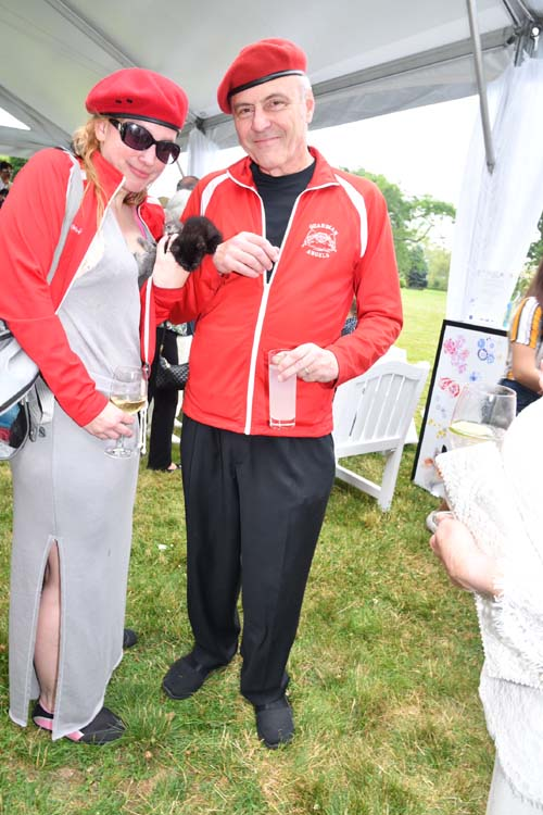 Nancy Sliwa and Curits Sliwa with Baby KittensPhoto by:  Rose Billings/Blacktiemagazine.com