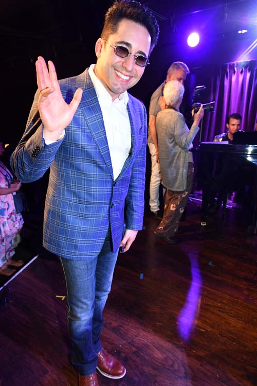 John Lloyd Young. Photo by:  Rose Billings/Blacktiemaagzine.com
