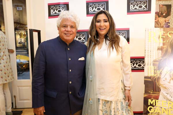 Suhel Seth and Meera Gandhi. Photo by: Photos By  Snaps India, Jaffer