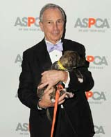 "Mayor Michael Bloomberg ""puppy love"" Photo by: Nick Hunt/Patrick McMullan"