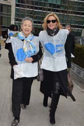 Mrs. Ban Soon-taek, Kim Cattrall, .  photo by:  rose billings/blacktiemagazine.com