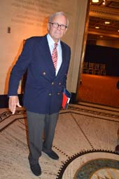 Tom Brokaw.  Photo by:  Rose Billings/Blacktiemagazine.com